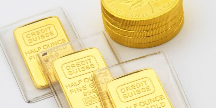 Should you buy or sell gold?
