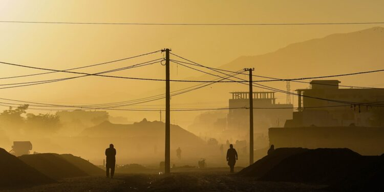 American citizens are still trapped in afghanistan