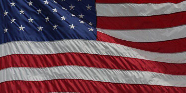 Should school children pledge allegiance to the pride flag?